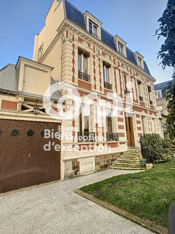 Maison à vendre 7 180m2 à Paris 5 vignette-18