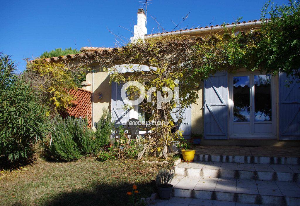 Maison à vendre 6 164m2 à Saint-Cyprien vignette-4