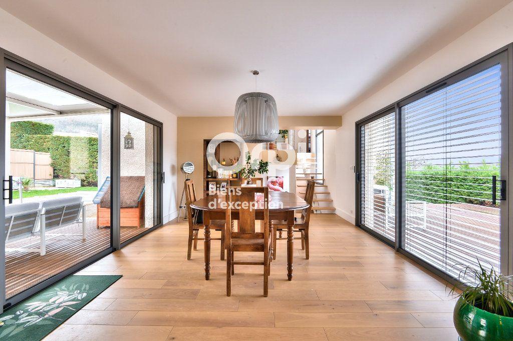 Maison à vendre 7 182m2 à Châtillon vignette-3