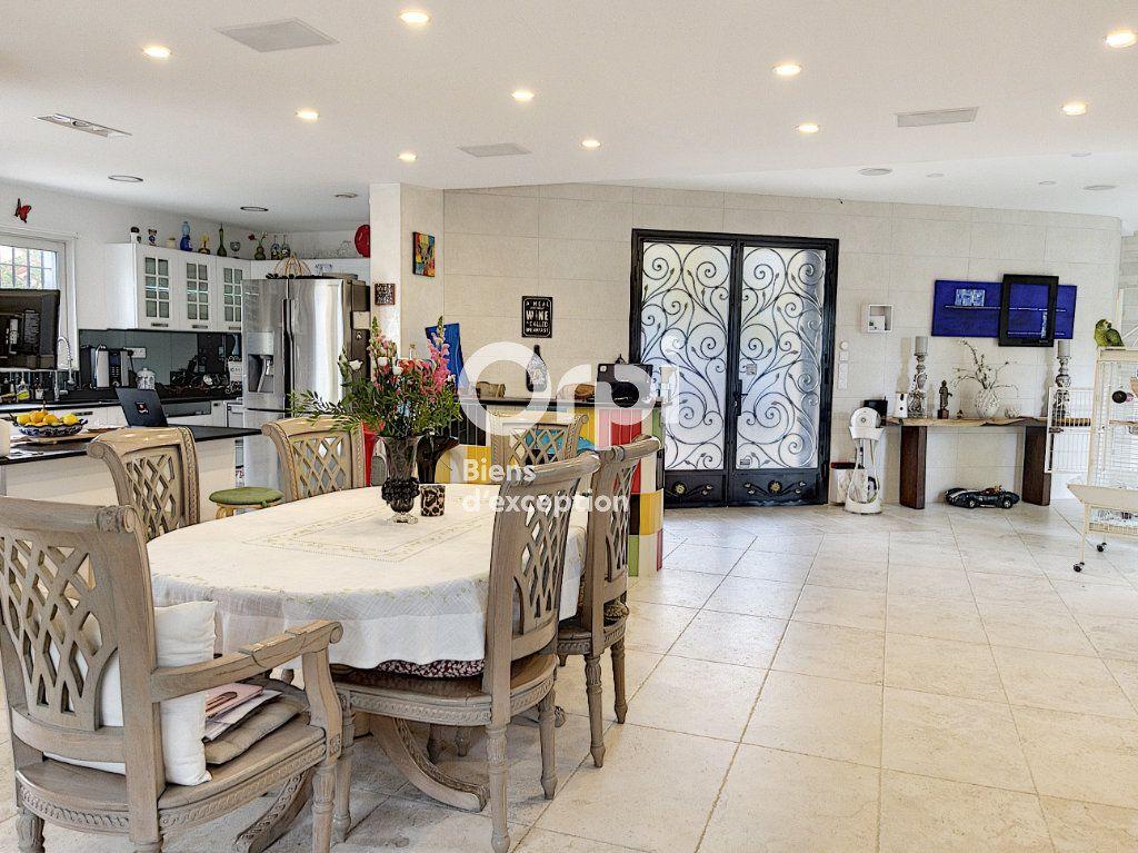 Maison à vendre 8 354m2 à Cagnes-sur-Mer vignette-15