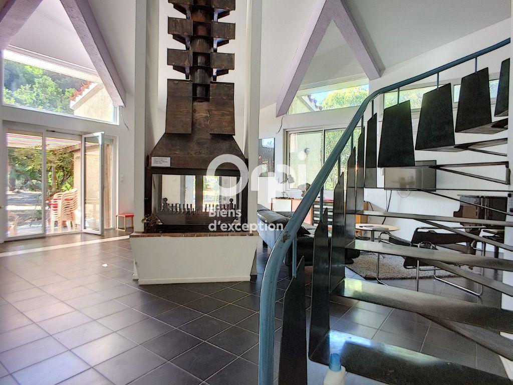 Maison à vendre 6 220m2 à Salses-le-Château vignette-2