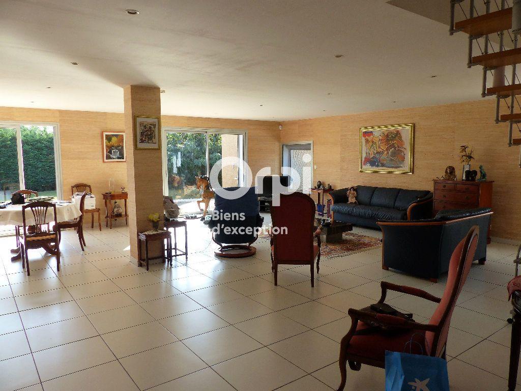 Maison à vendre 6 281m2 à Saint-Féliu-d'Avall vignette-3