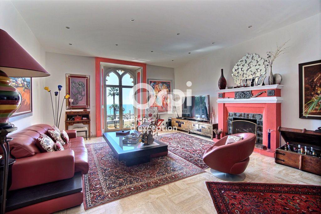 Appartement à vendre 5 216m2 à Cannes vignette-2