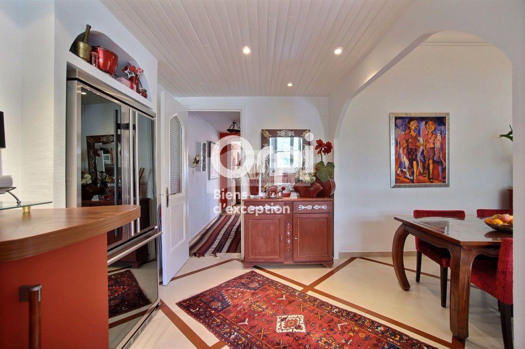 Appartement à vendre 5 216m2 à Cannes vignette-6