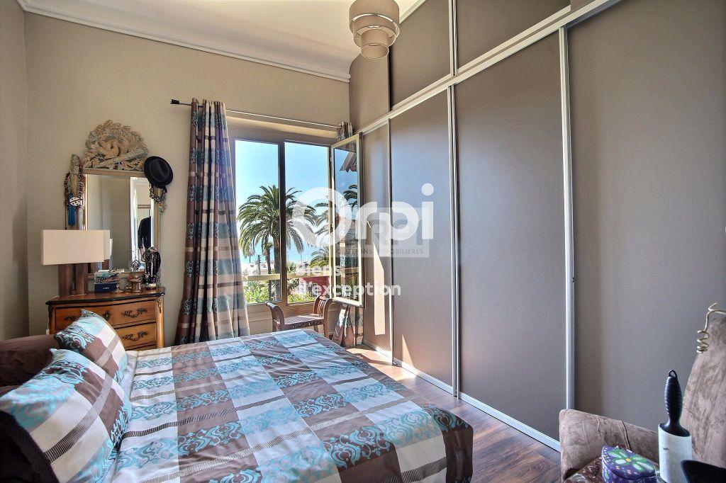 Appartement à vendre 5 216m2 à Cannes vignette-7