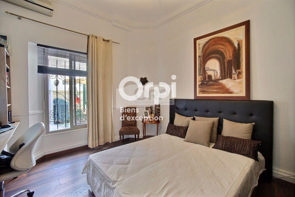 Appartement à vendre 5 216m2 à Cannes vignette-8
