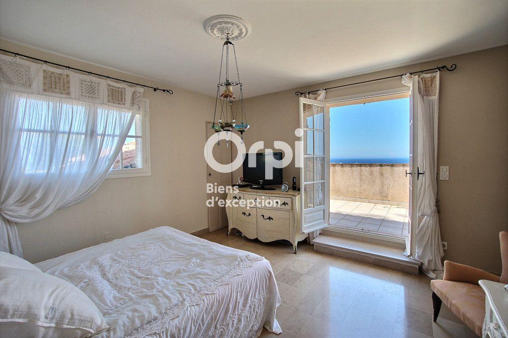 Maison à vendre 8 250m2 à Vallauris vignette-4