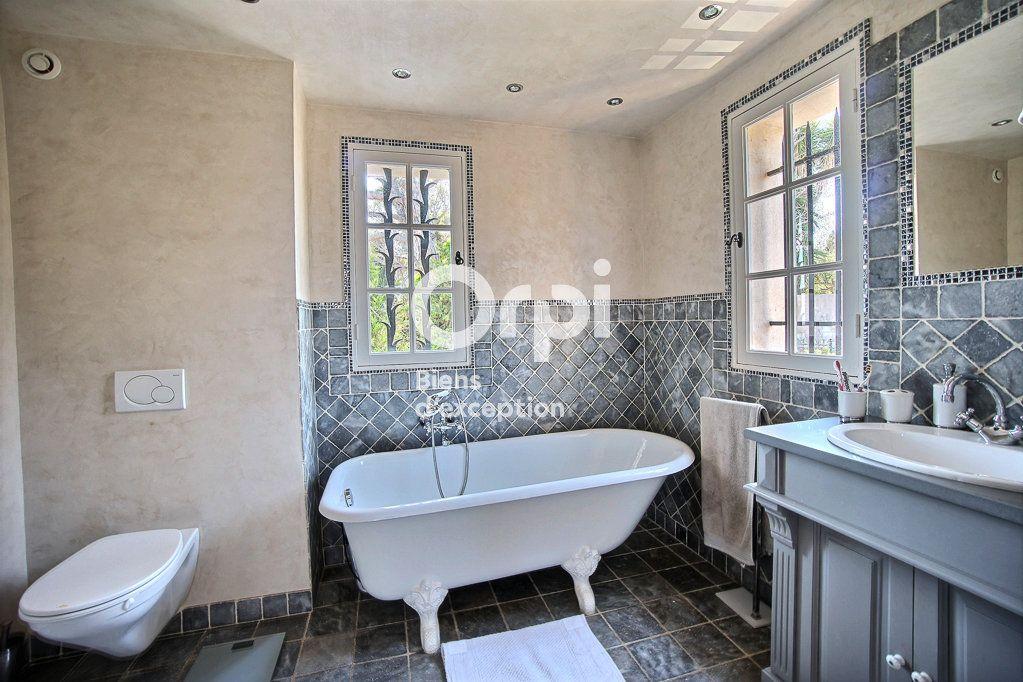 Maison à vendre 8 250m2 à Vallauris vignette-5