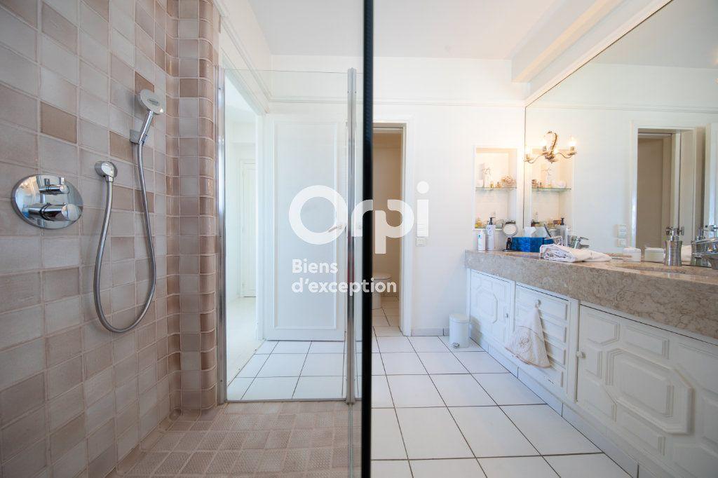 Appartement à vendre 4 145m2 à Antibes vignette-12