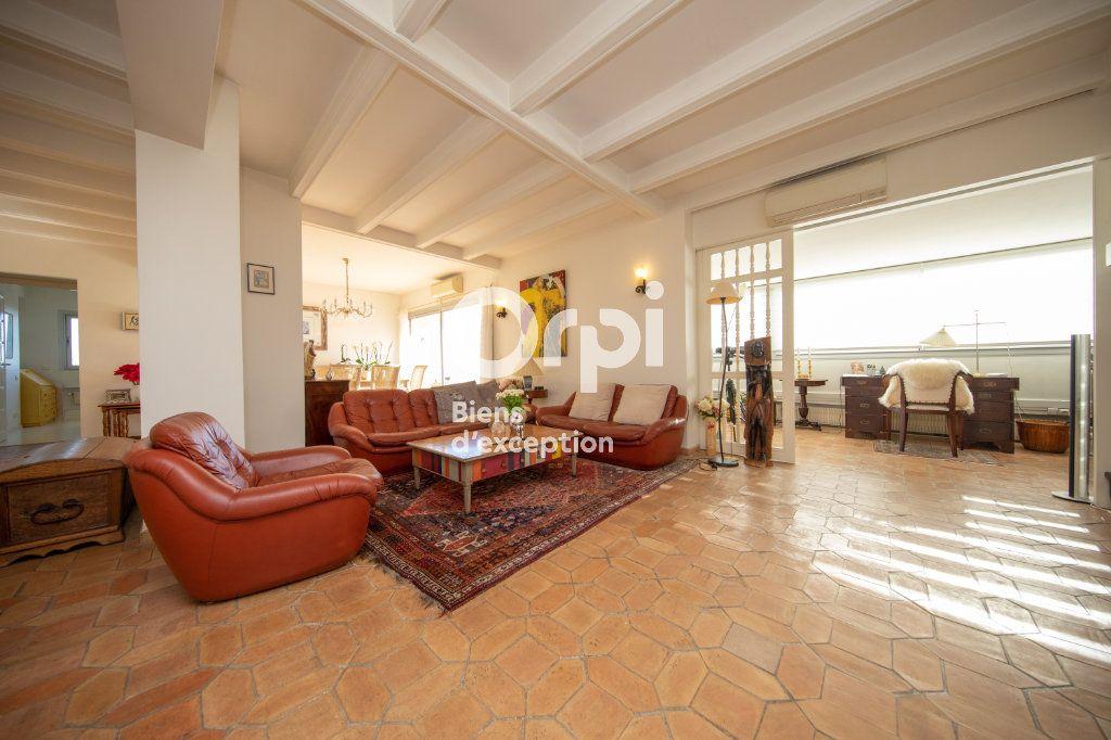 Appartement à vendre 4 145m2 à Antibes vignette-14
