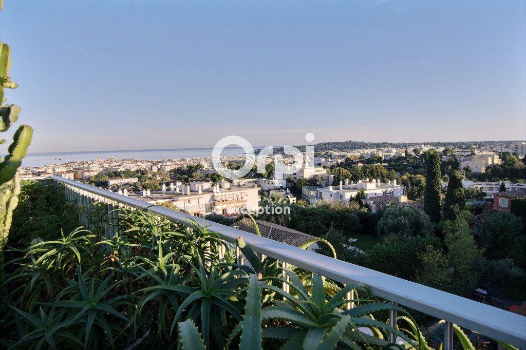 Appartement à vendre 4 145m2 à Antibes vignette-16