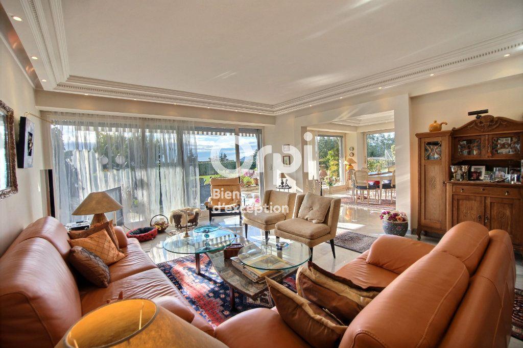 Appartement à vendre 4 156m2 à Cannes vignette-7