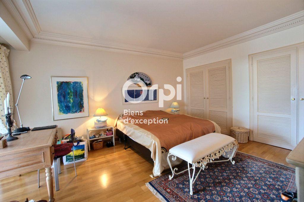 Appartement à vendre 4 156m2 à Cannes vignette-10