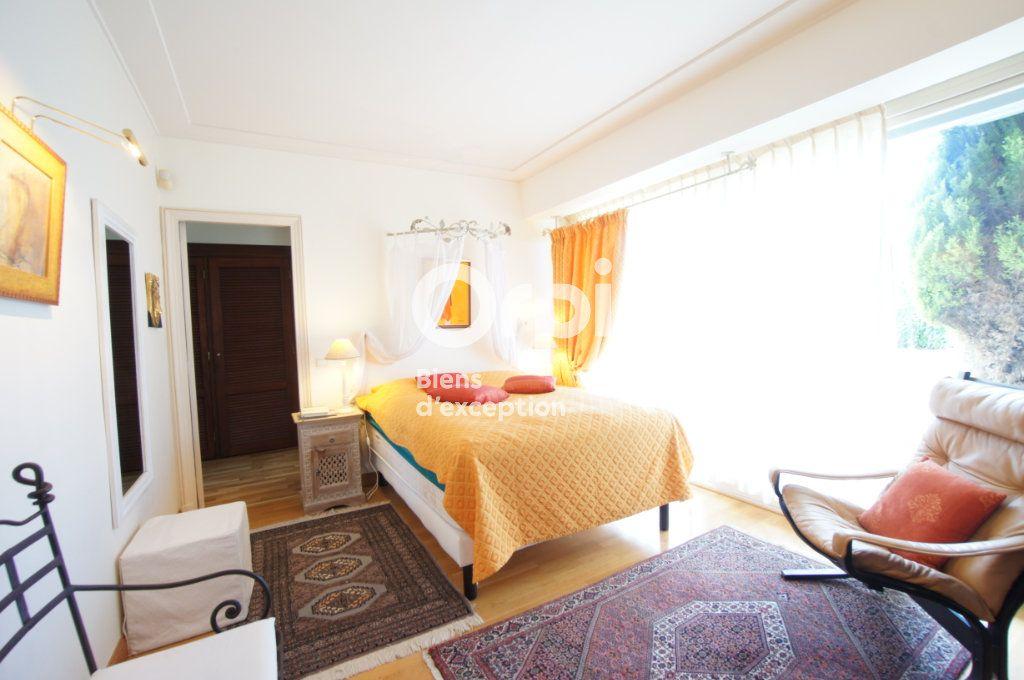 Appartement à vendre 4 156m2 à Cannes vignette-11