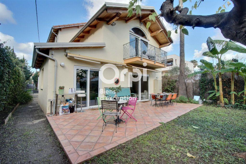 Maison à vendre 6 182m2 à Golfe Juan - Vallauris vignette-1