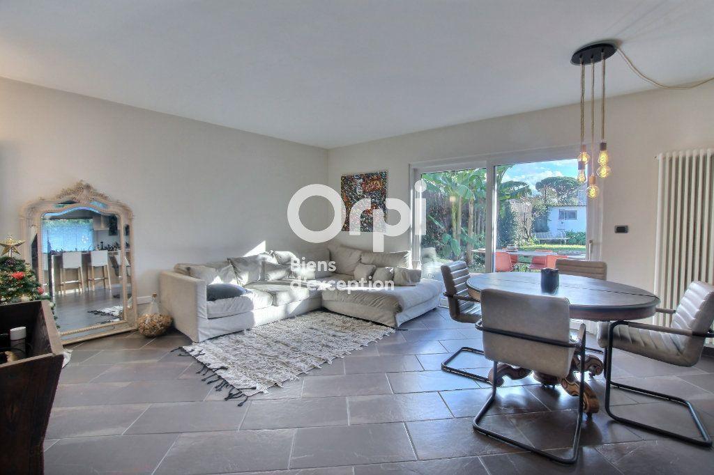 Maison à vendre 6 182m2 à Golfe Juan - Vallauris vignette-3