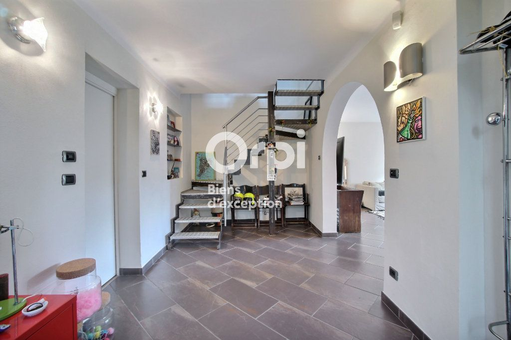 Maison à vendre 6 182m2 à Golfe Juan - Vallauris vignette-6