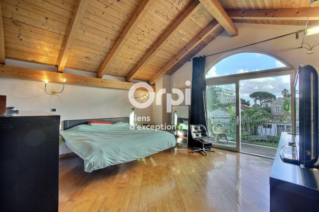 Maison à vendre 6 182m2 à Golfe Juan - Vallauris vignette-7