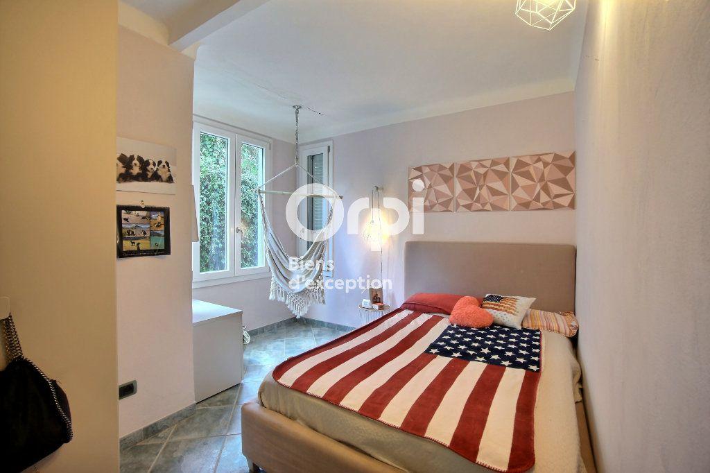 Maison à vendre 6 182m2 à Golfe Juan - Vallauris vignette-10