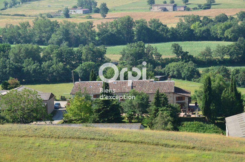 Maison à vendre 22 658m2 à Alaigne vignette-4