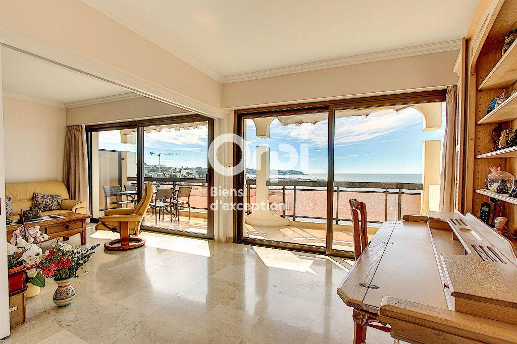 Appartement à vendre 3 84.66m2 à Juan-les-Pins - Antibes vignette-6