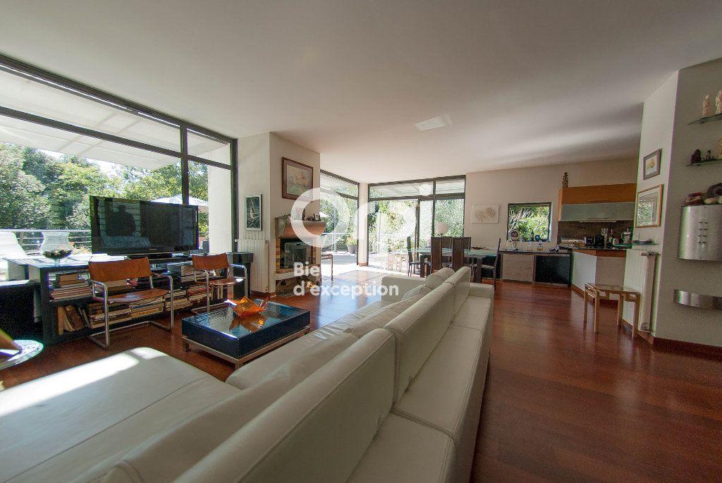 Maison à vendre 6 179m2 à Biot vignette-6