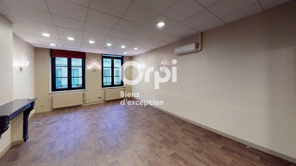 Immeuble à vendre 0 651m2 à Arras vignette-15
