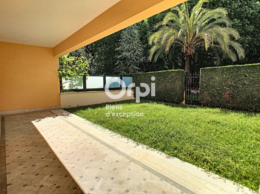 Appartement à vendre 2 58m2 à Cannes vignette-3