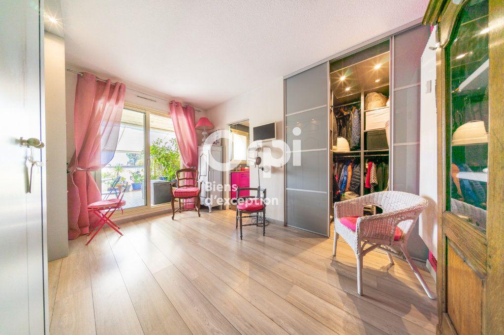 Appartement à vendre 3 90.03m2 à Cannes vignette-8