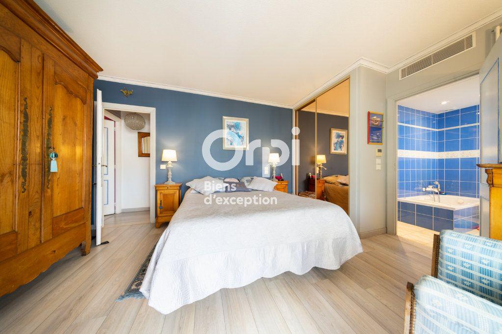Appartement à vendre 3 90.03m2 à Cannes vignette-9