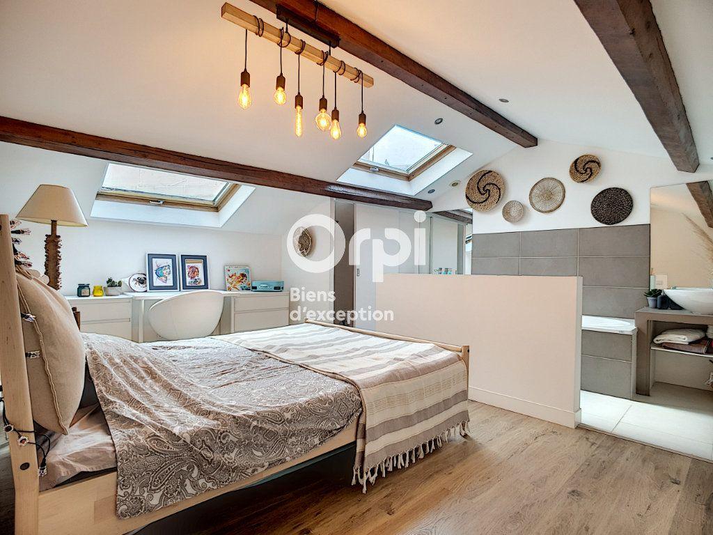 Maison à vendre 4 114m2 à Cannes vignette-3