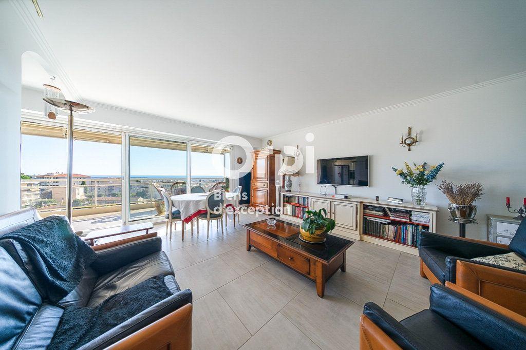 Appartement à vendre 4 109.03m2 à Le Cannet vignette-1