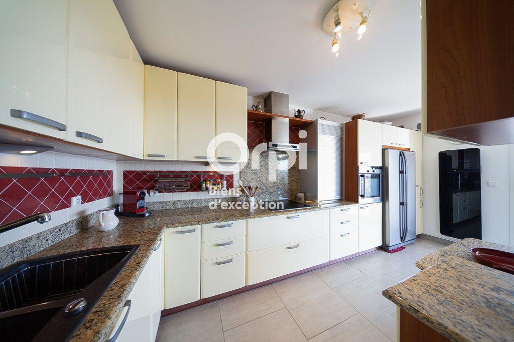 Appartement à vendre 4 109.03m2 à Le Cannet vignette-7