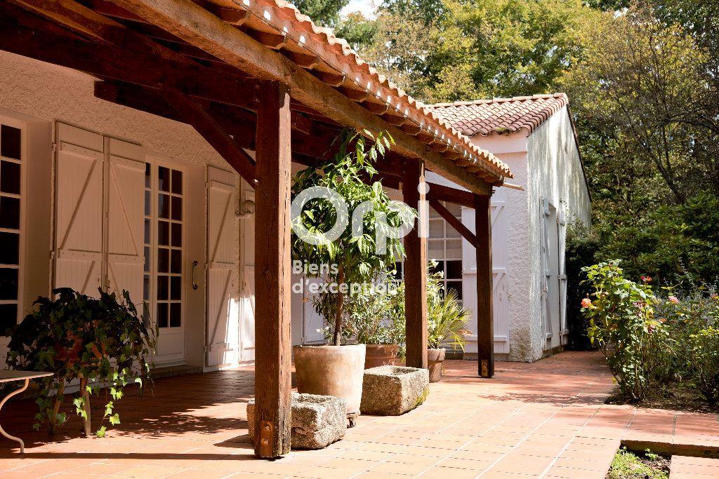 Maison à vendre 8 360m2 à Montaigu vignette-2