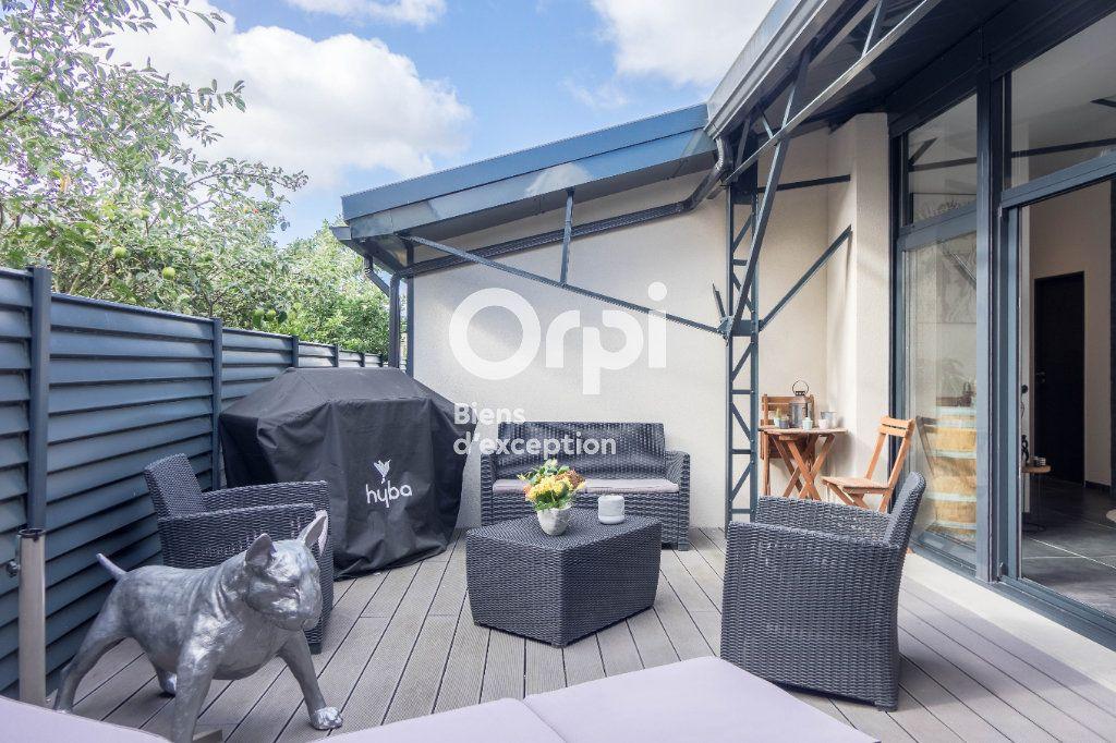 Appartement à vendre 5 160m2 à Fleury-les-Aubrais vignette-5