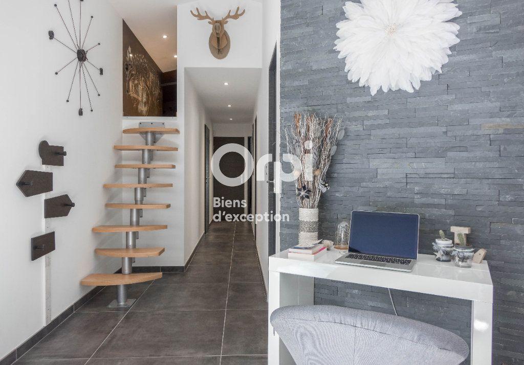 Appartement à vendre 5 160m2 à Fleury-les-Aubrais vignette-6
