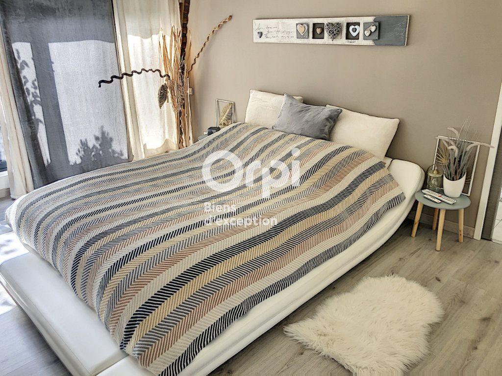 Appartement à vendre 5 160m2 à Fleury-les-Aubrais vignette-7