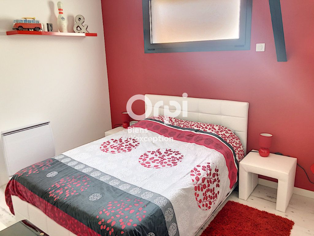 Appartement à vendre 5 160m2 à Fleury-les-Aubrais vignette-9
