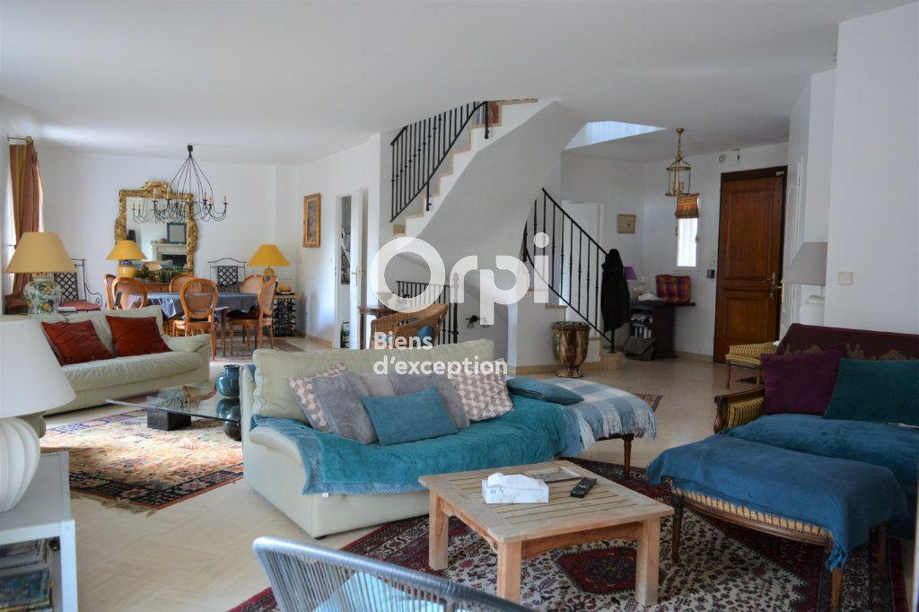 Maison à vendre 10 198m2 à Mandres-les-Roses vignette-5