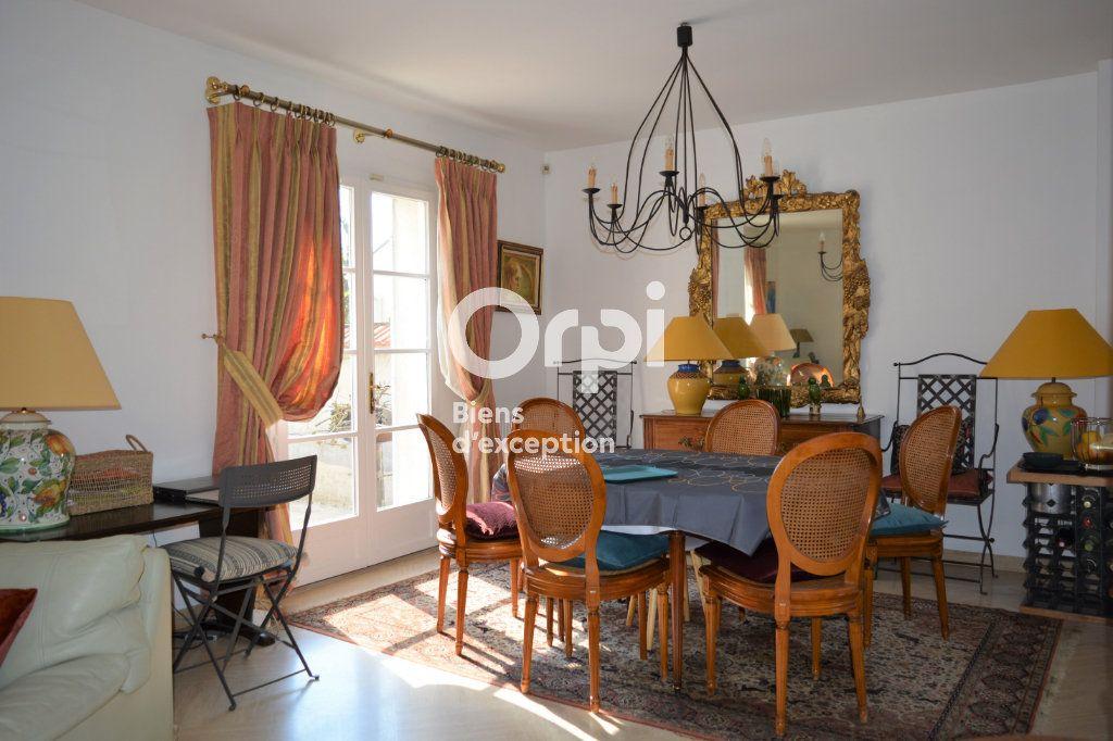 Maison à vendre 10 198m2 à Mandres-les-Roses vignette-8