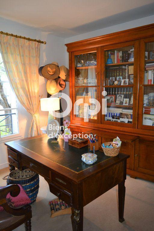Maison à vendre 10 198m2 à Mandres-les-Roses vignette-10