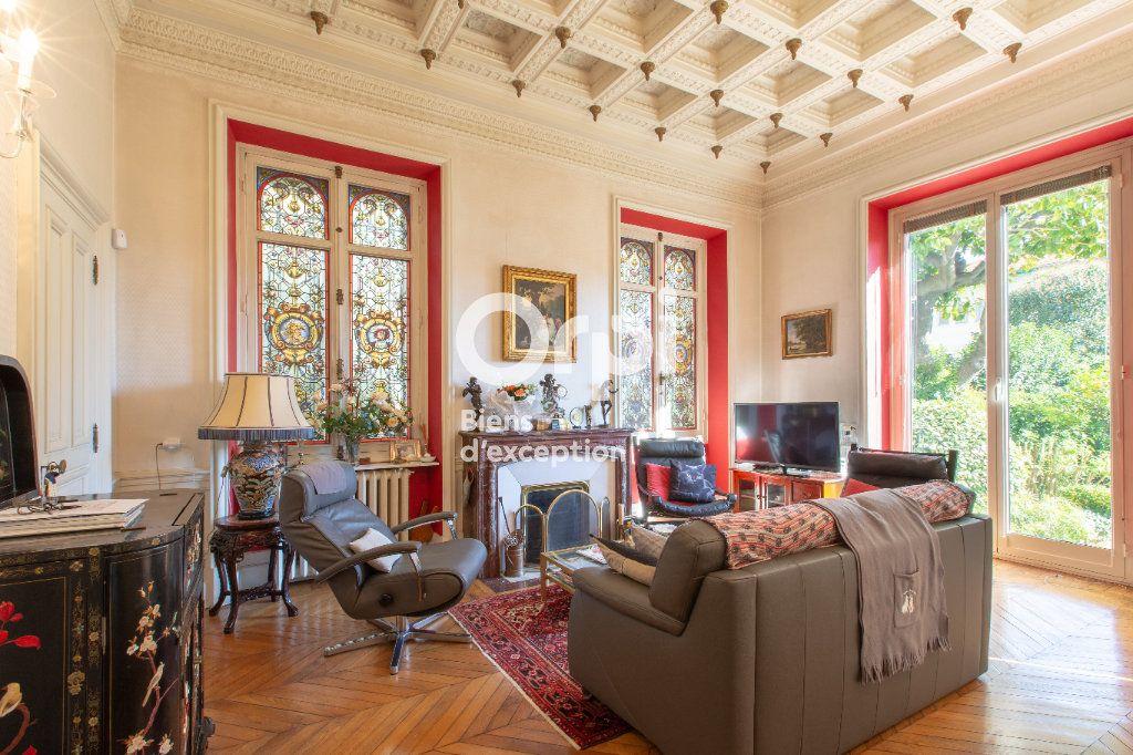 Maison à vendre 10 290m2 à Nice vignette-4