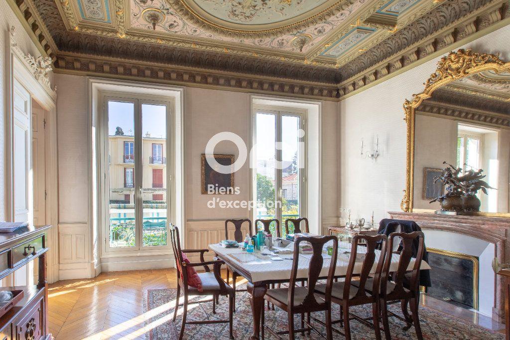 Maison à vendre 10 290m2 à Nice vignette-5