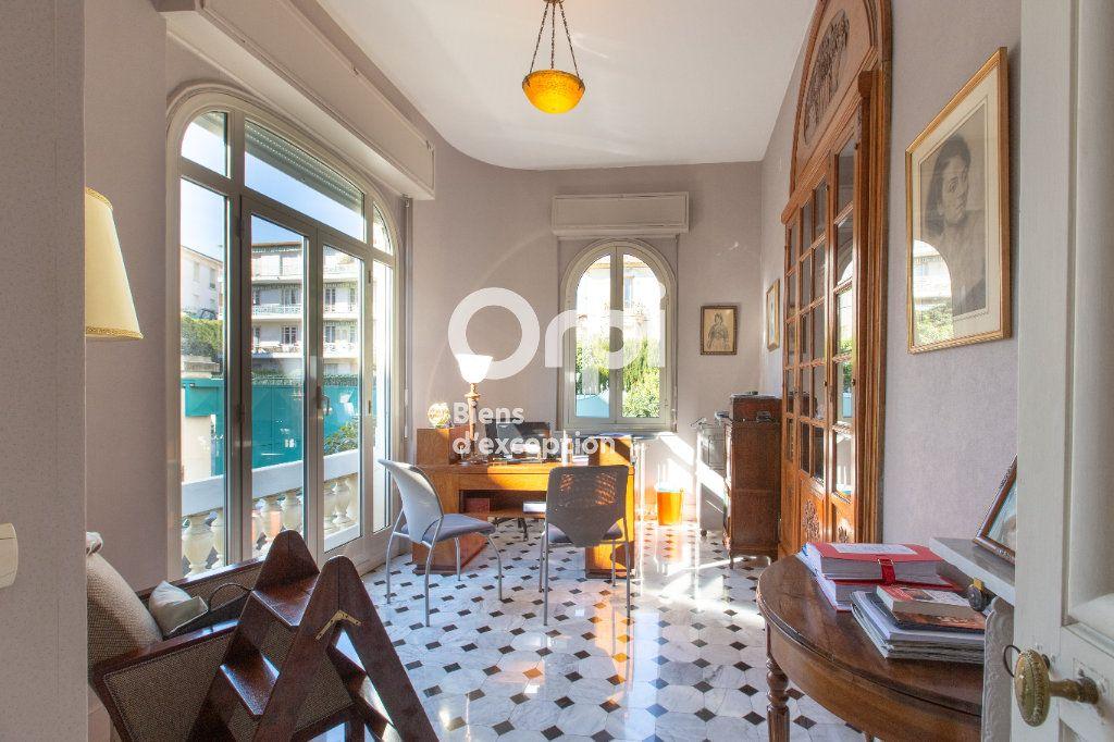 Maison à vendre 10 290m2 à Nice vignette-7