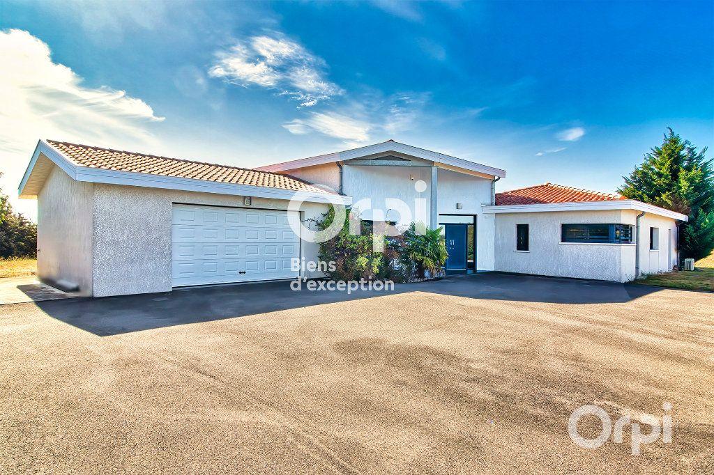 Maison à vendre 6 270m2 à Quint-Fonsegrives vignette-3