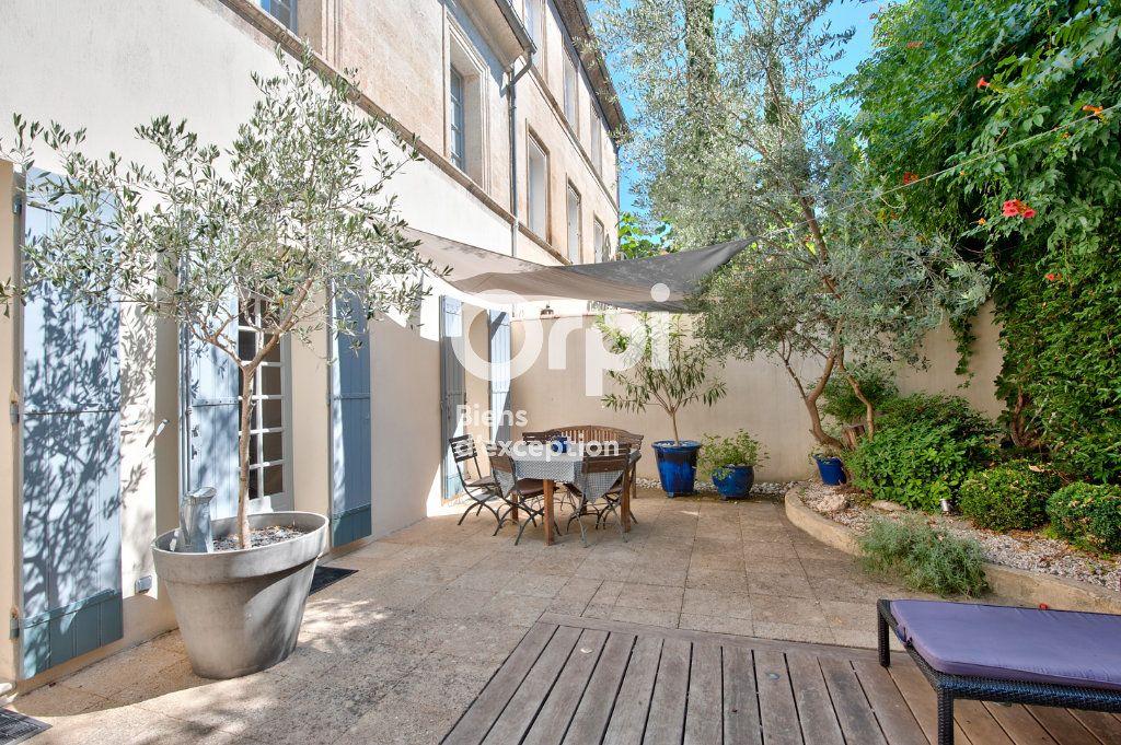 Maison à vendre 6 180m2 à Avignon vignette-1