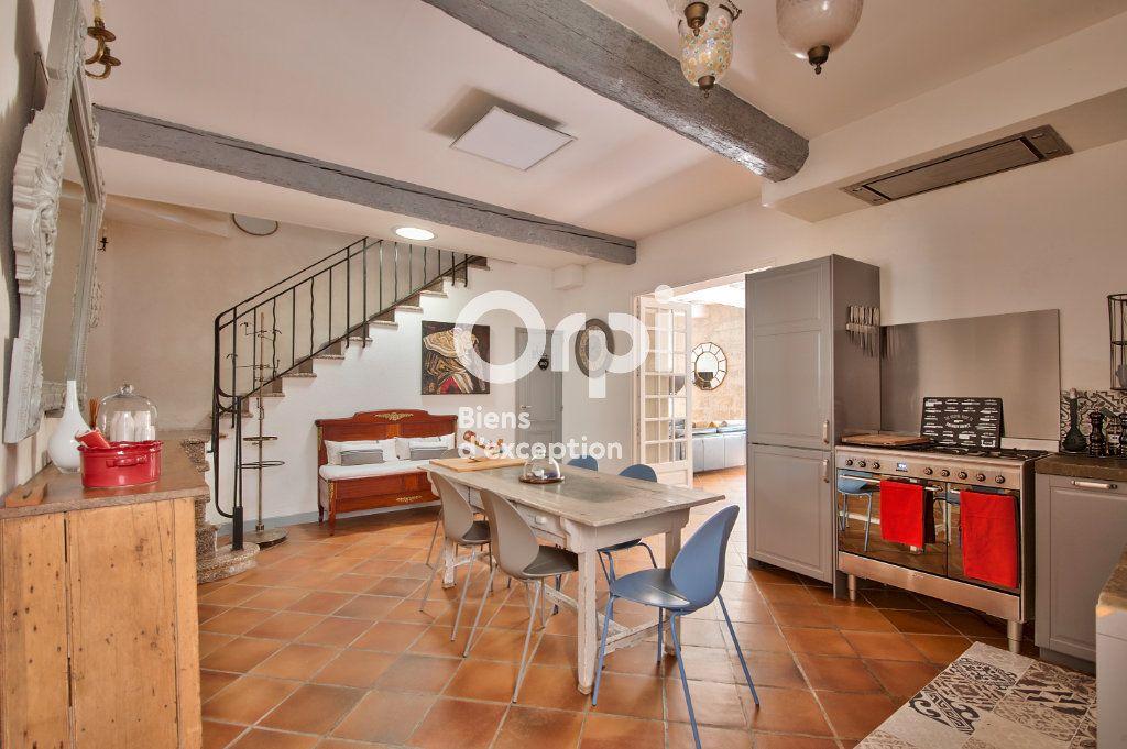 Maison à vendre 6 180m2 à Avignon vignette-17