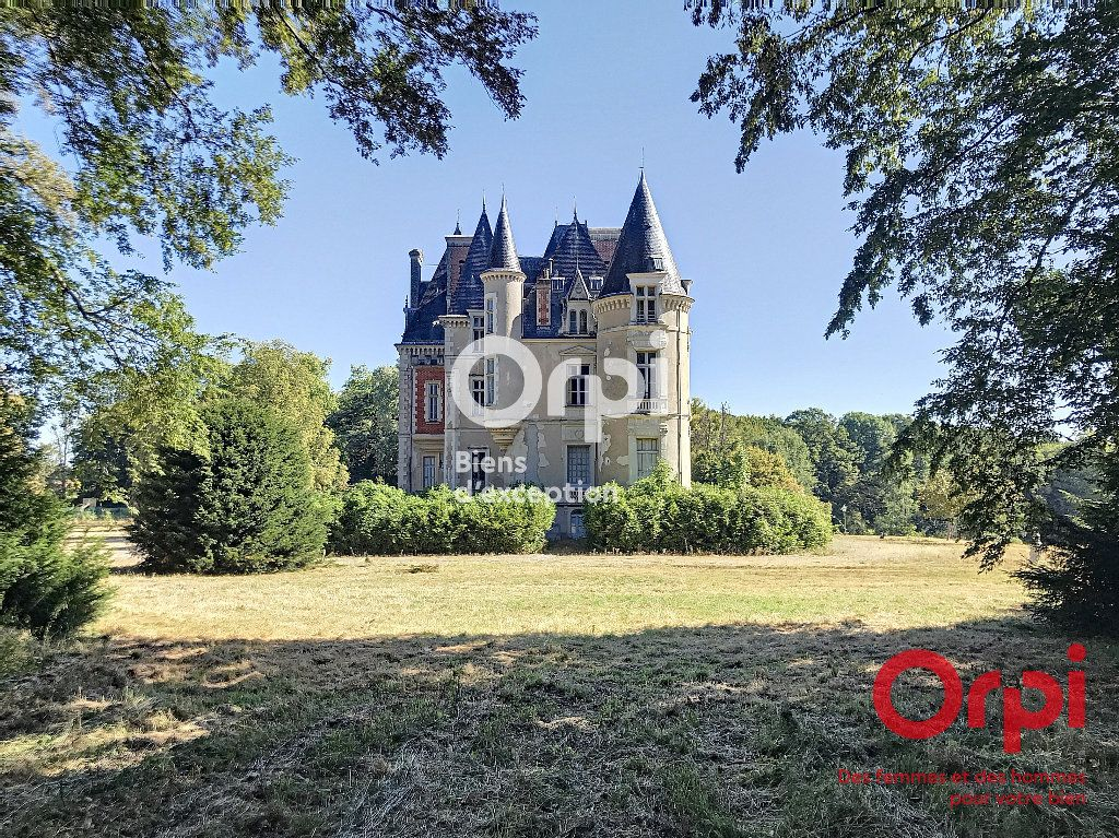 Maison à vendre 30 2000m2 à Villaines-la-Gonais vignette-2