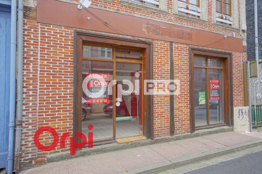 Local commercial à louer 0 30m2 à Bernay vignette-1