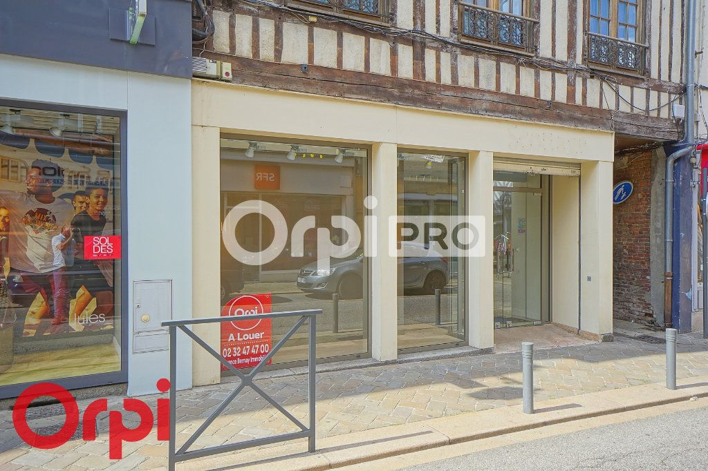 Local commercial à louer 0 109m2 à Bernay vignette-1